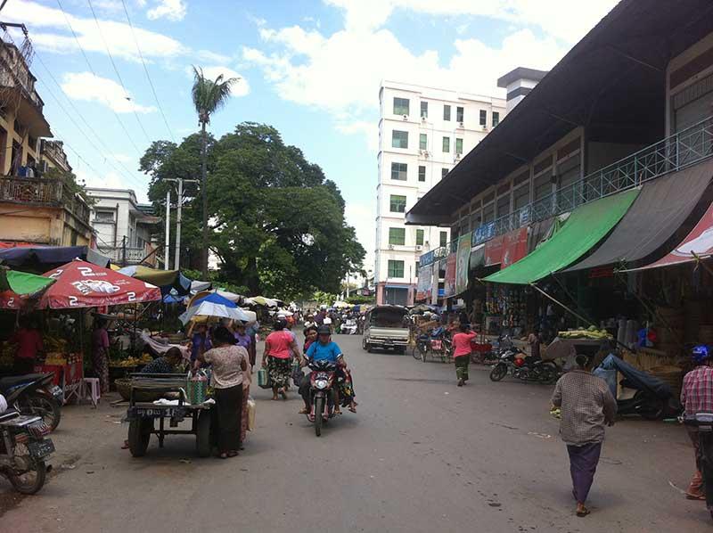 MandalayStreet