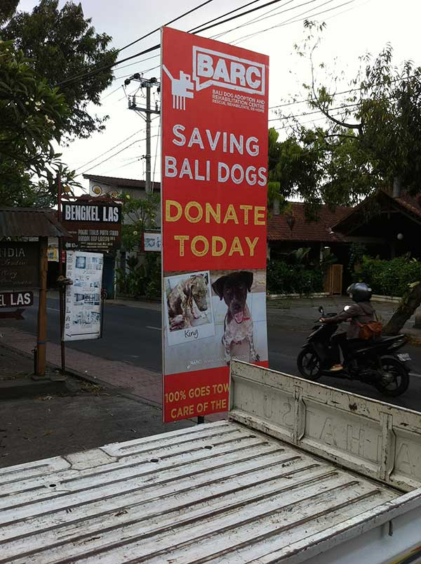 Look out for this sign when you're in Ubud and help them out!