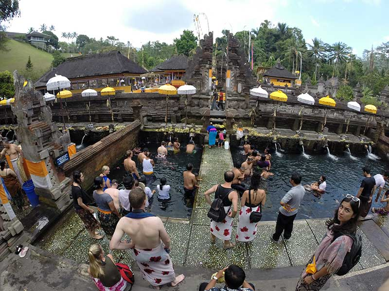 Bathing at Tirta Empul