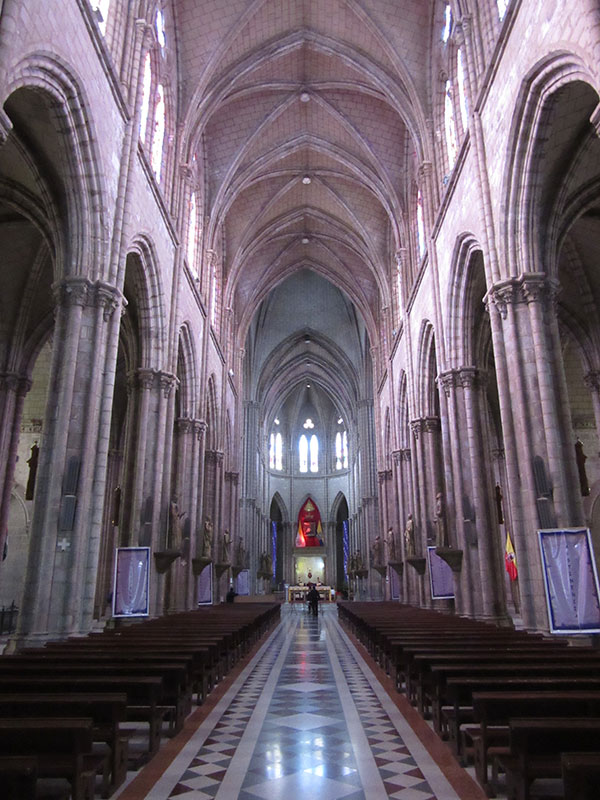 QuitoCathedral2