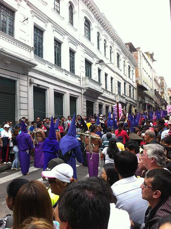 QuitoParade3