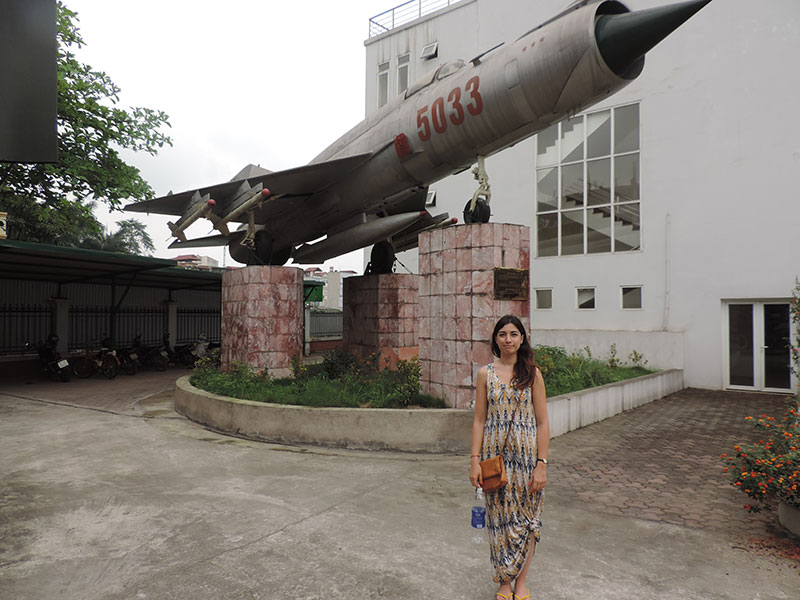 Katy in front of a MiG. For no real reason