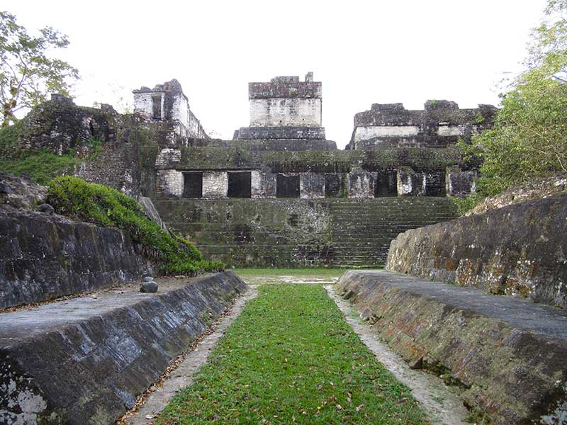 Tikal3